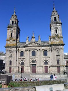 Catedral de Lugo in Vigo, Spain... anda la hostia!!!! En Vigo tenemos la Catedral de Lugo... JOER