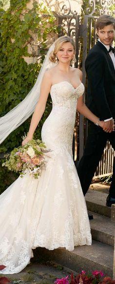 sweetheart mermaid lace wedding dress from Essense of australia / http://www.deerpearlflowers.com/sweetheart-wedding-dresses/