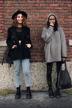 Loose tops and skinny jeans, or consistent fit of coat and loose jeans.