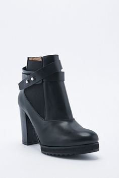 Won Hundred Kaka Heeled Boots in Black. Realllyyyy want a pair of boots for summer.