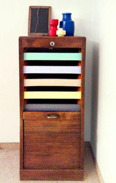 Rolladenschrank von EKA in 50er Jahre Farben von Casa Coco