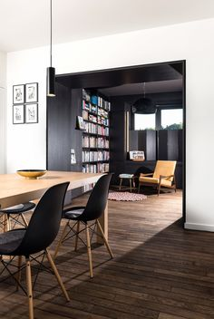 Semi-detached house by Rob Mols and Studio K