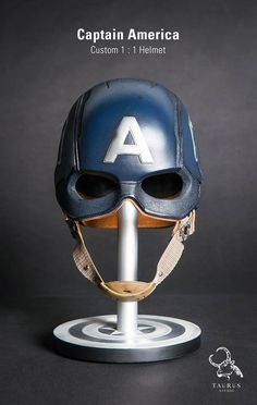 Toys Planet - Custom Captain America Helmet - visit to grab an unforgettable cool Super Hero T-Shirt! Captain America Workout, Captain America Helmet, Captain America Photos, Ultimate Marvel, Custom Motorcycle Helmets, Sideshow Collectibles, Character Costumes, Marvel Avengers, Superhero