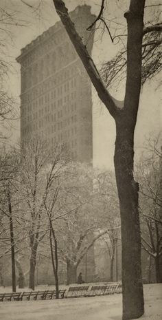 New York in the snow, 1892-1920 - Retronaut  --- 1903 Flat iron Building by Alfred Stieglitz