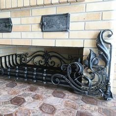 Fireplace Tools, Stove Fireplace, Power Hammer, Blacksmith Forge, Door Gate Design, Fire Surround, Blacksmith Projects, Fire Doors, Iron Work