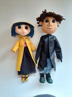 Coraline Characters, Coraline Movie, Coraline Doll, Coraline Jones, Coraline And Wybie, Coraline Aesthetic, Barbie Kids, Primitive Patterns, Couple Halloween Costumes