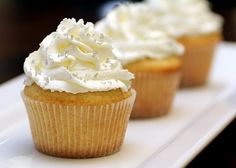 Vanilla Cupcakes with Sweetened Whip Cream Frosting