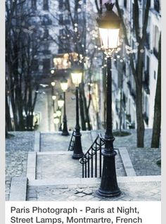 Something so simple yet elegant about this picture. I can feel Paris in it.