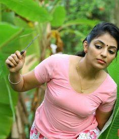 South Indian Actress Hot, Indian Actress Hot Pics, Indian Actresses, Beautiful Girl Indian, Beautiful Indian Actress, Beautiful Models, Beautiful Celebrities, Kim Kardashian Show, Indian Bridal Fashion