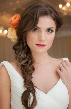 fonott+esküvői+frizurák+-+fonott+lófarok+esküvőre