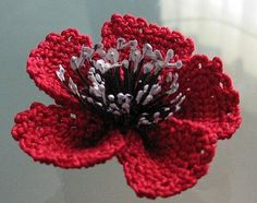 Beautiful poppy flower - crochet