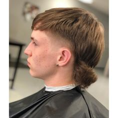 Mens Mullet, Short Mullet, Mullet Haircut, Mohawk Mullet, Long Undercut Men, Hair Levels, Pompadour Style, Wavy Hair, Men's Hair
