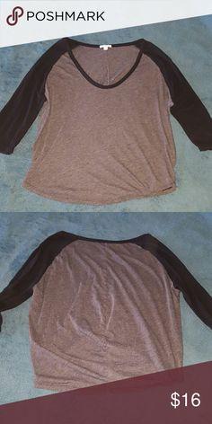 Standard James Perse baseball tee sz 4 Colorblock  dark grey, blacl sleeves top in good used condition, slouchy style baseball tee size 4 James Perse Tops