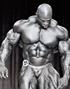 ronnie coleman walking lunges