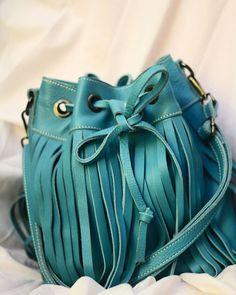 Info/order  Line : rikifirnando Wa : 0812 8090 7805 price/size : @ Fanpage FB: rfl  genuine leather  100%leather import  Size 23.5-14-27  @850.000  #leather #genuineleatherbag #localbrand  #bag #import #leatherimport #fashiongram #genuineleather #like4like #jakarta #rfl #fashion #ootd #latepost  #ootdhijab #handmade #leathergood #taskulitasli #taskulit #fashion #taswanita #indonesia #create #akucintaprodukindonesia #like