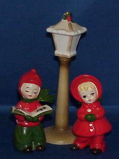 VINTAGE JOSEF ORIGINAL CHRISTMAS CAROLER BOY AND GIRL WITH STREET LAMP VERY NICE | eBay