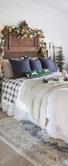 Christmas Bedroom | Shades of Blue Interiors