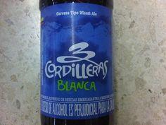 Cerveja 3 Cordilleras Blanca, estilo German Kristallweizen, produzida por 3 Cordilleras, Colômbia. 4.6% ABV de álcool.