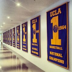 The new banners hanging in the UCLA Basketball hallway by the locker room #ucla #bruins @uclambb @UCLA Athletics pic.twitter.com/o0YTRVCiNn