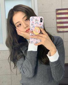 Kim Jennie, Blackpink Icons, Blackpink Members, Mode Kpop, Black Pink Kpop, Blackpink Photos, Blackpink Fashion, Korean Fashion, Fashion Outfits