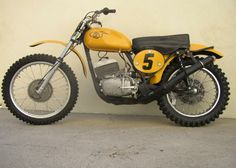 Small Motorcycles, Vintage Motorcycles, Custom Motorcycles, Custom Bikes, Mx Bikes, Motocross Bikes, Vintage Motocross, Moto Bike, Motorcycle Gear