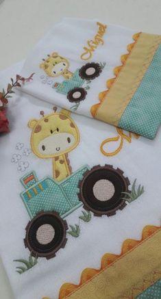 New embroidery baby boy crib bedding Ideas Simple Embroidery, Machine Embroidery Applique, Embroidery Fabric, Baby Boy Cribs, Diy Baby Gifts, Baby Gift Sets, Baby Boy Applique, Baby Knitting, Baby Sewing