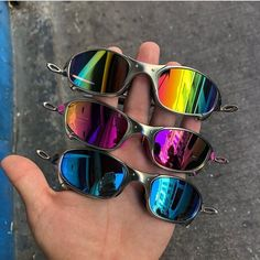 Oakley Juliet, Eyewear, Mirrored Sunglasses, Script, Style, Boots Style, Neon Clothing, Camo Clothes, Inspiring Photography