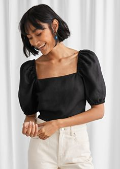 Linen Blend Puff Sleeve Top - Black - Tops - & Other Stories Jeans Straight, Casual Outfits, Fashion Outfits, Fashion Story, Blouse Designs, Shirt Blouses, Black Tops, Ideias Fashion, Models