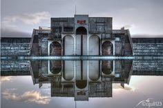 The world abounds with abandoned Art Deco buildings from the 1920s and '30s. This article explores cinemas, swimming pools, abandoned hotels, stations and more.