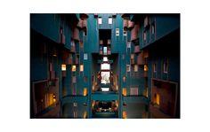 Ricardo Bofill, Taller de Arquitectura - PORTFOLIO - Walden-7