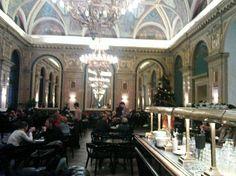 Ambiente des Cafés (Book Cafe) Budapest