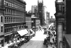 Looking east on 4th Street near Sycamore Street, Cincinnati, Ohio, 1922.  Read more: http://www.urbanohio.com/forum2/index.php?topic=17719.0#ixzz4Cw58egg1