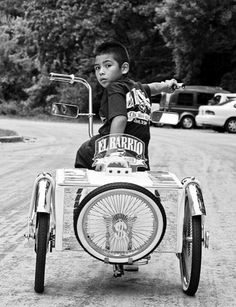 Lowrider Bikes. Even kids can have lowriders