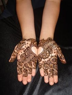 Hi friends, my beautiful heart shaped and other deisgns of latest henna mehandi collections for 2013 valentine's day celebration. Do you all like my mehandi designs collecitons? 2013 Lover's day special and latest henna mehndi designs for hands 2013 … Pakistani Mehndi Designs, Mehandi Designs, Arabic Henna Designs, Best Mehndi Designs, Simple Mehndi Designs, Mehndi Designs For Hands, Henna Tattoo Designs, Bridal Mehndi Designs, Bridal Henna