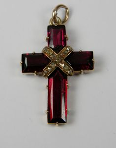 Diamond Jewelry Superb Garnet and Rose Diamond Cross Pendant. Cross Jewelry, I Love Jewelry, Jewelry Design, Victorian Jewelry, Antique Jewelry, Vintage Jewelry, Garnet Jewelry, Diamond Jewelry, Old Rugged Cross