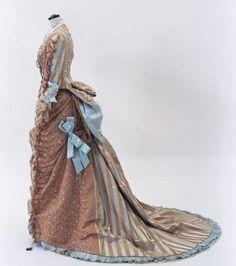 Dress, ca 1875, Bunka Gakuen Costume Museum
