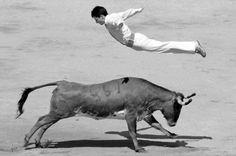 Bull Leaping Spanish Recortador, Pamplona 2006