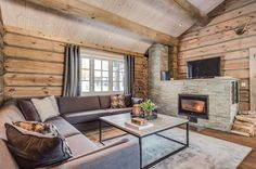 Chalet Design, Wooden House, Dream Decor, Log Homes, Cancun, House Ideas, Cottage, Living Room, Interior