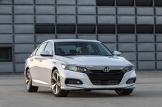 Here is everything you need to know about the 2018 Honda Accord. http://krro.com.mx/seguridad/cotiza-tu-seguro/