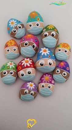 Rocks with Medical Masks-COVID19  <br> Mask Painting, Pebble Painting, Pebble Art, Stone Painting, Rock Painting Patterns, Rock Painting Ideas Easy, Rock Painting Designs, Stone Crafts, Rock Crafts