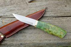 Handle and blade shape