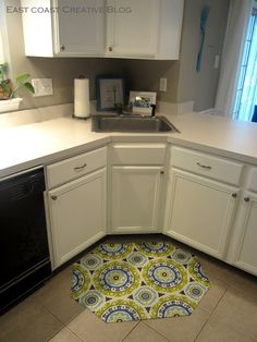 I Am Momma - Hear Me Roar: DIY Fabric Floorcloth - take a ugly thick floor mat & make it beautiful - no sew!