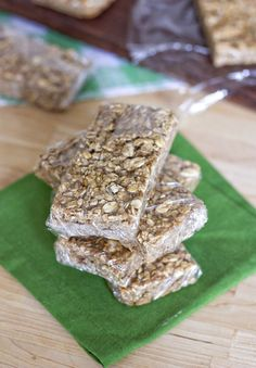 These were pretty good!  Nice size serving...  Healthy Banana Bread Granola Bars - 3PP for 8 (no flax or chia - 4PP for 8 with)
