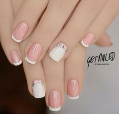 Diy Discover french nails for wedding Messy Buns Nude Nails Nails Polish Acrylic Nails Gel Nails Nail Nail French Nail Art French Tip Nails French Manicure With A Twist Summer French Nails Summer French Nails, French Nail Art, French Tip Nails, Pedicure Nails, Toe Nails, Nail Nail, Fancy Nails, Pretty Nails, Short Fake Nails