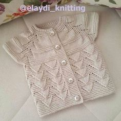 """[ """"Gorgeous knitted girls short sleeve cardigan - love it! - ayşe kayalı - Welcome to the World of Decor! Baby Knitting Patterns, Baby Hats Knitting, Knitting For Kids, Easy Knitting, Knitting Stitches, Baby Patterns, Knitted Hats, Baby Pullover, Baby Cardigan"""