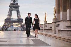 Paris engagement shoot at the Eiffel Tower | Rhianne Jones : Paris Photographer