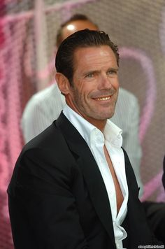 Mario Cipollini was on the post-race show along with Mark Cavendish. Cipollini won a stage in Montecatini Terme while wearing the World Champion jersey in 2003... something Cavendish was hoping to accomplish