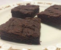 Recipe 3 ingredient brownies by Eloise_au - Recipe of category Baking - sweet 3 Ingredient Brownies, Healthy Brownies, Egg Free, 3 Ingredients, Vegan Vegetarian, Biscuits, Chocolate, Baking, Sweet
