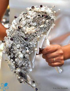 Tear-Drop Brooch Bouquet - Blue Petyl Bouquets #bridal #bouquet