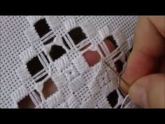 Amiga das linhas 2 - Botãozinho de rosa - YouTube Hardanger Embroidery, Embroidery Stitches, Embroidery Patterns, Hand Embroidery, Types Of Embroidery, Learn Embroidery, Bookmark Craft, Drawn Thread, Cross Patterns